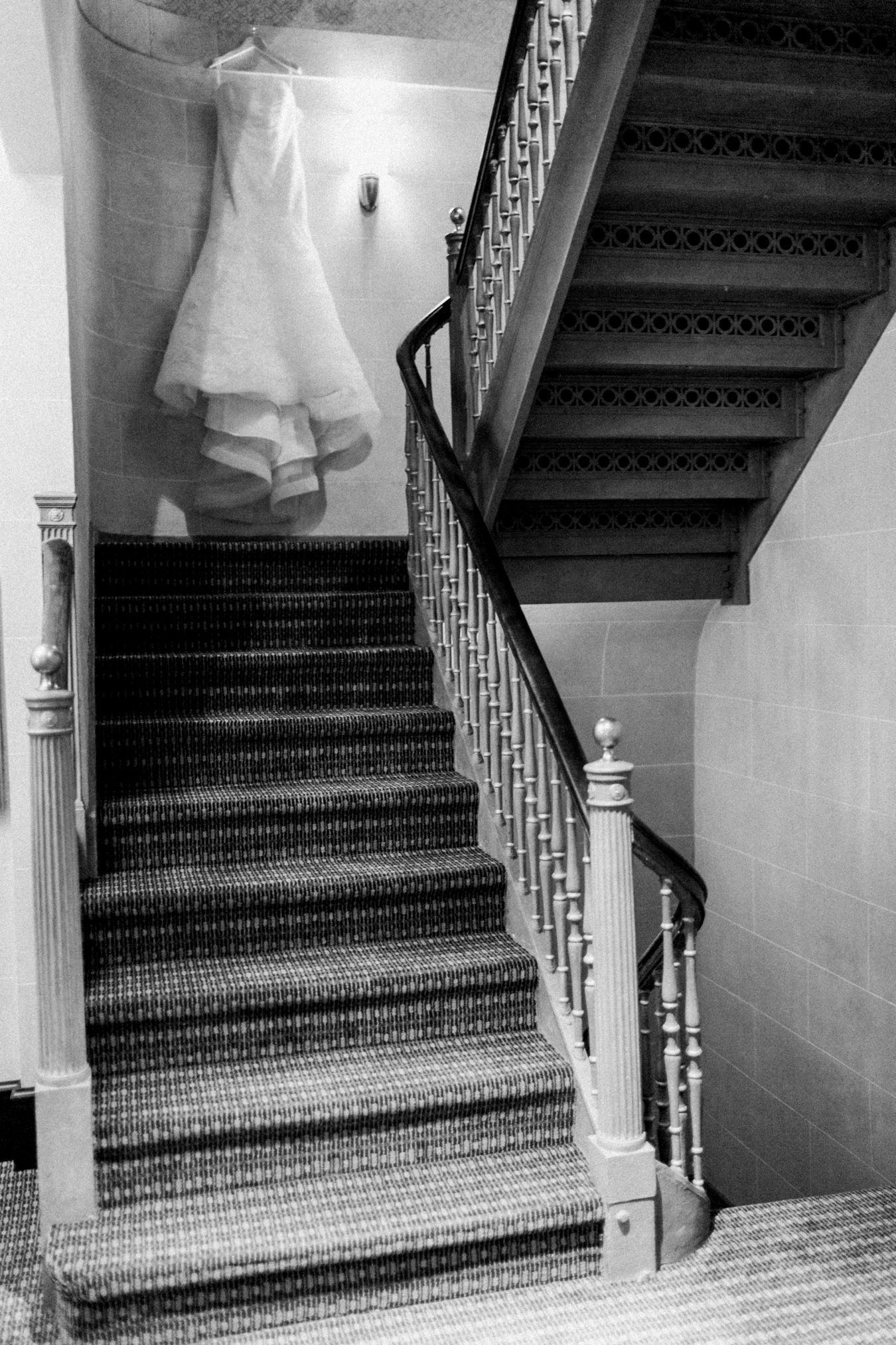 Vera Wang gown | Detroit Athletic Club Wedding | Cory Weber Photography